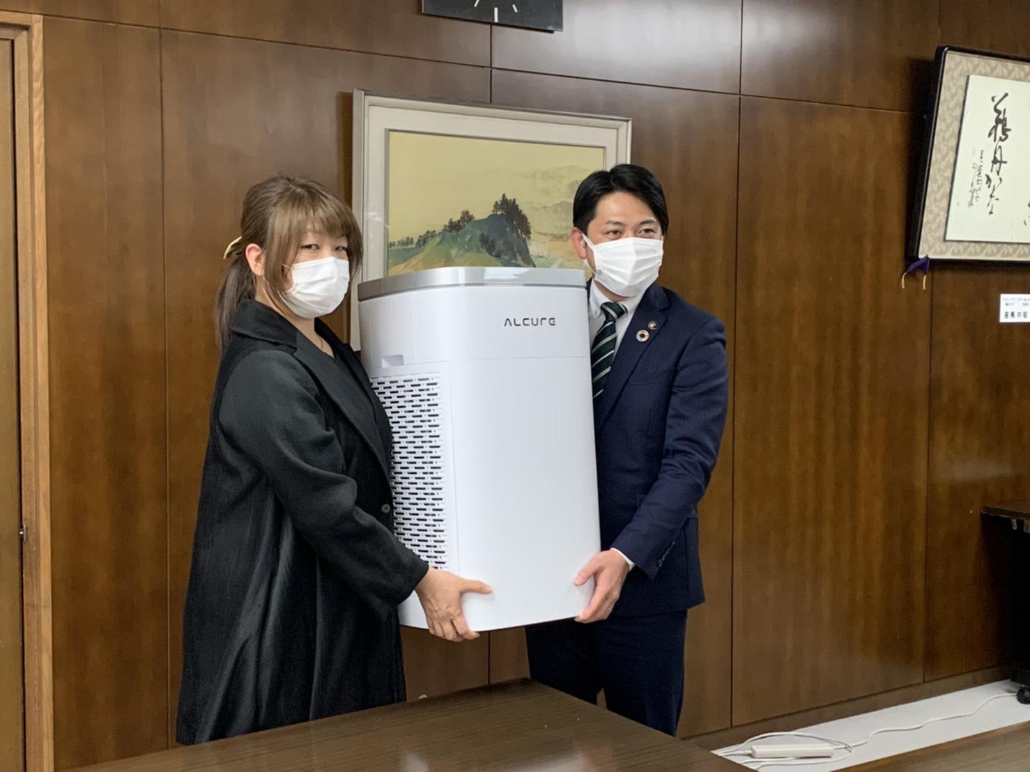 岐阜市に空気清浄機を寄付いたしました